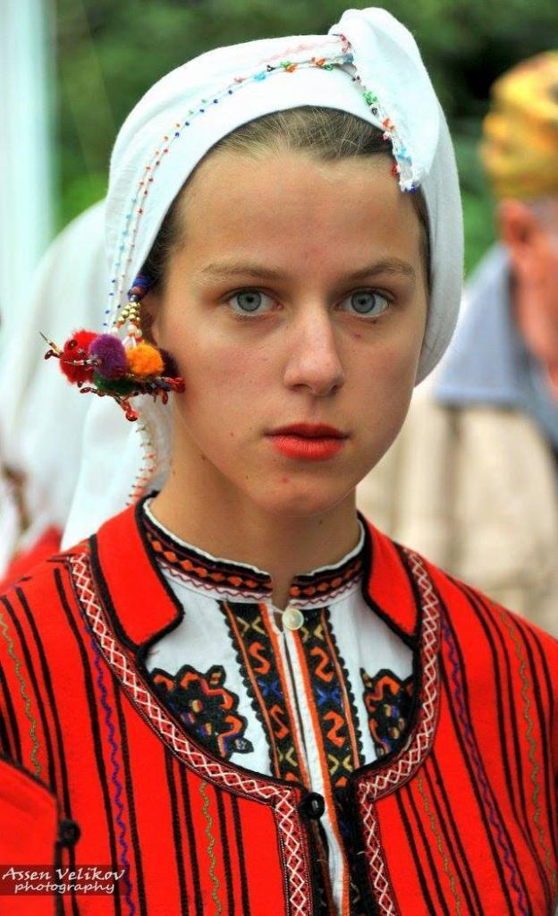 Асен Великов littlebg.com
