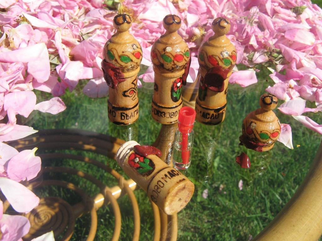 Япония розово масло