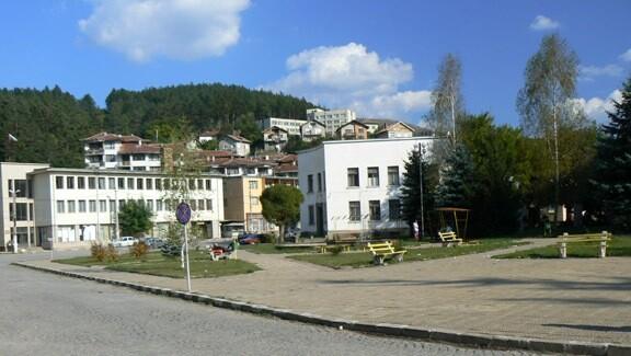 Трънски край