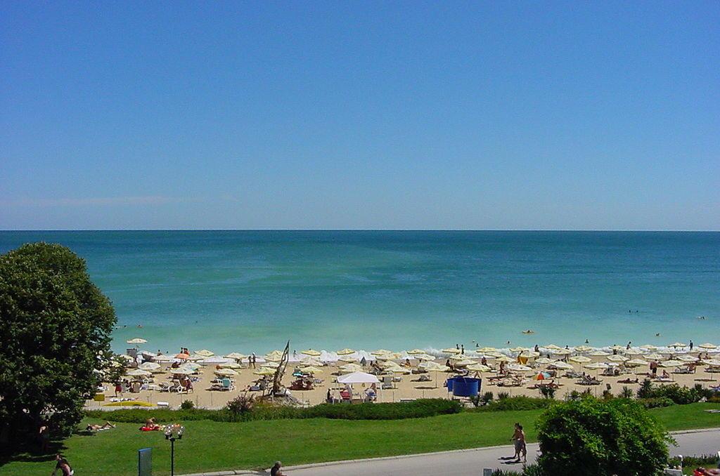 най-красиви плажа в България, Златни пясъци